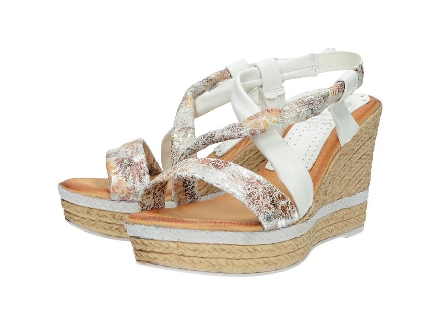 6e3408b7f8 Marila dámske letné sandále na klinovej podrážke - biele ...