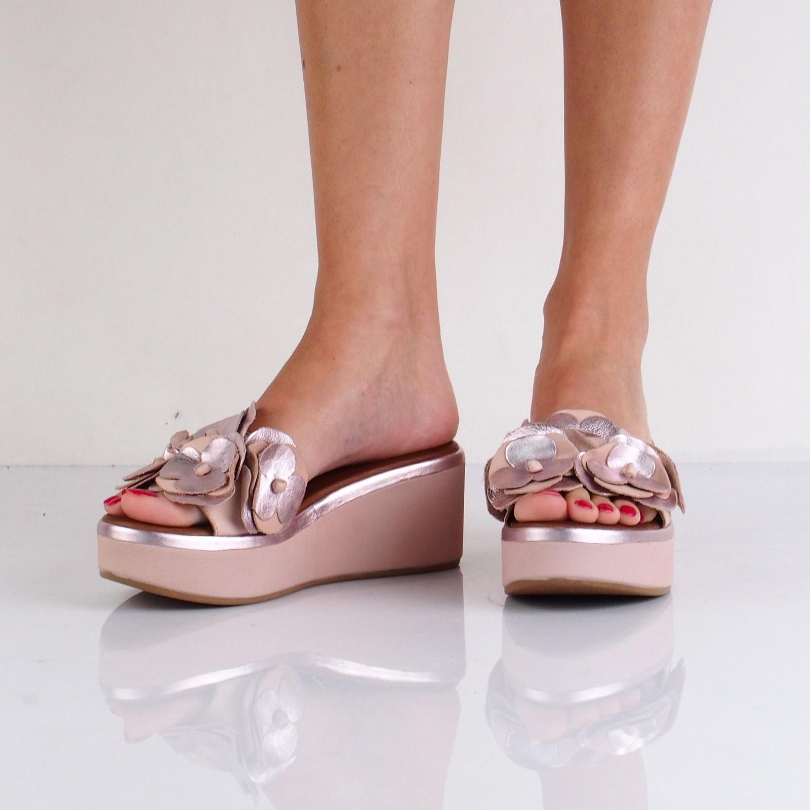 Inuovo dámske štýlové šľapky na klinovej podrážke - ružové