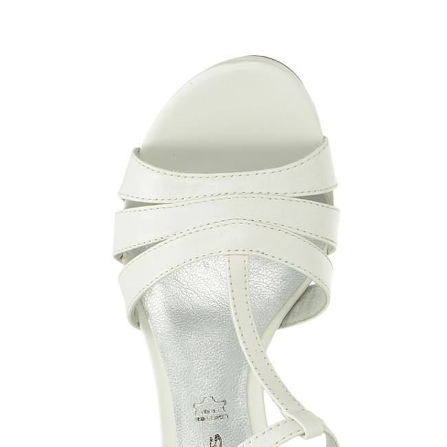 ba602ee96a2e Tamaris dámske sandále na platforme - biele ...