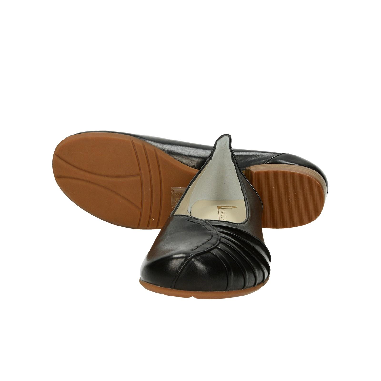 Canal Grande dámske kožené balerínky na podpätku - čierne
