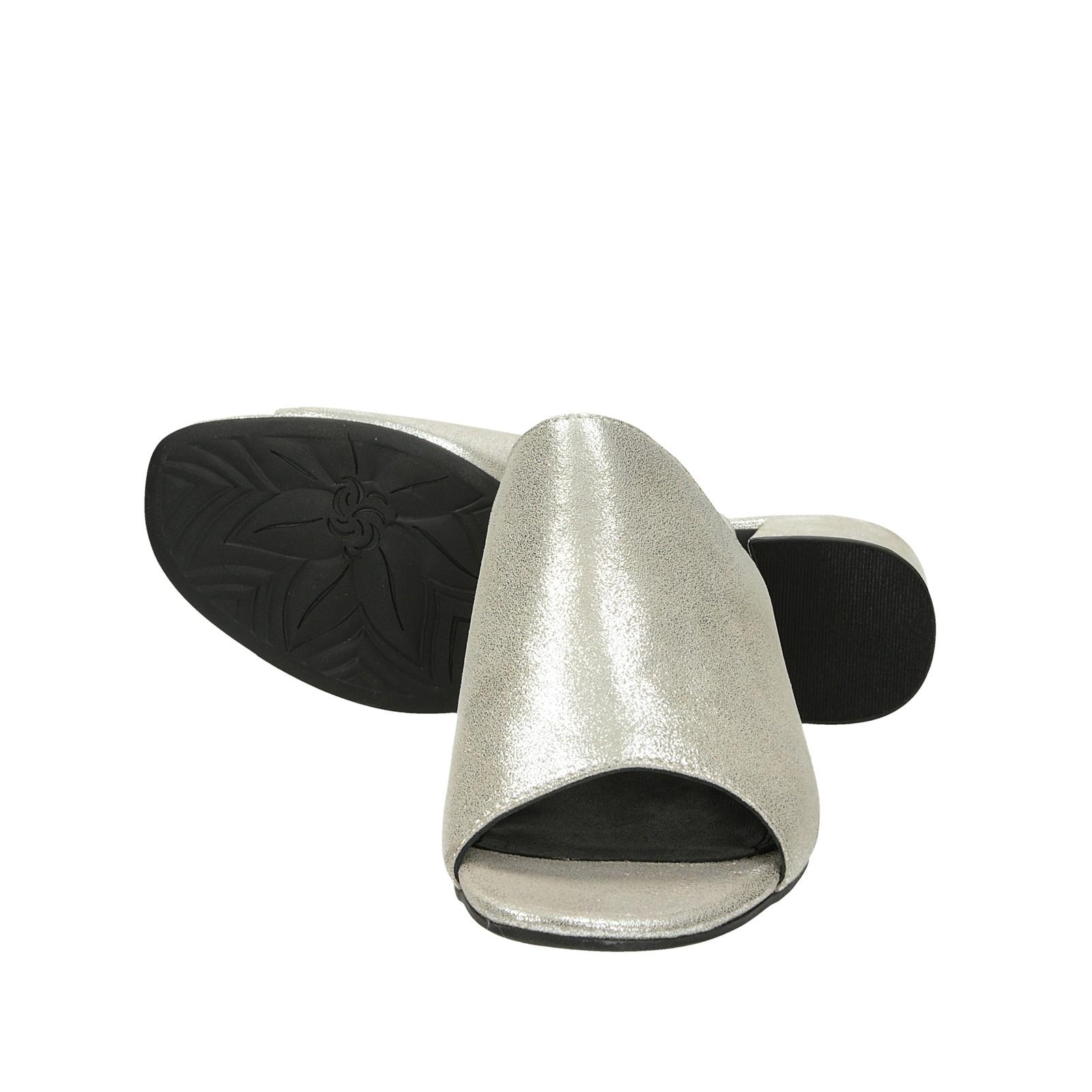 f2d484c38654 ... Bugatti dámske štýlové šľapky na podpätku - strieborné ...