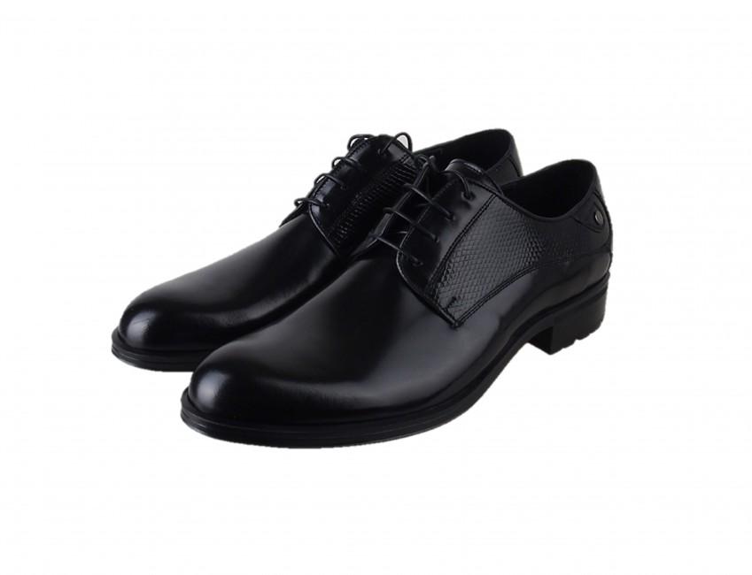 b3c0d854eb22 Conhpol pánske celoročné topánky - čierne ...