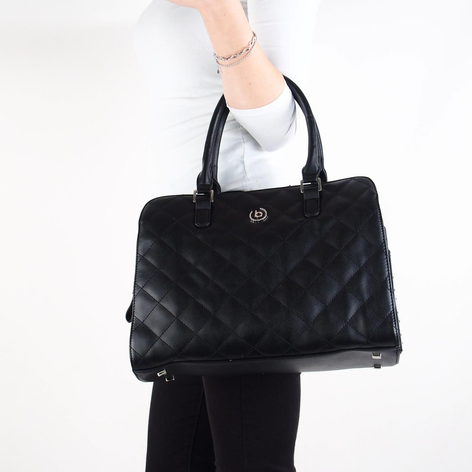 19e80f075c Bugatti dámska kožená štýlová kabelka - čierna ...