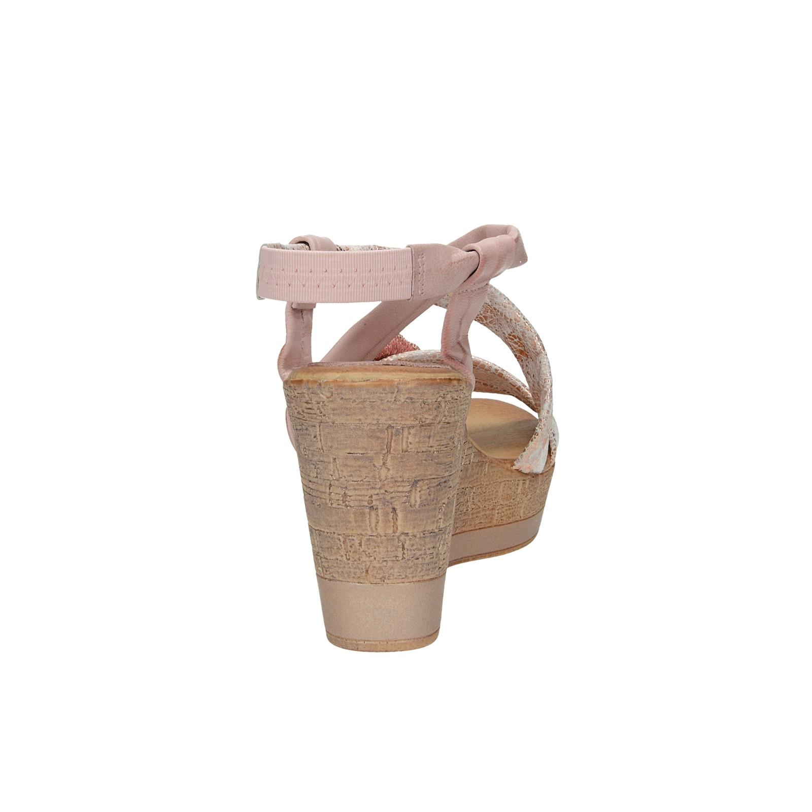 c28e57c8c15a4 ... Marila dámske kožené sandále na klinovej podrážke - ružové ...