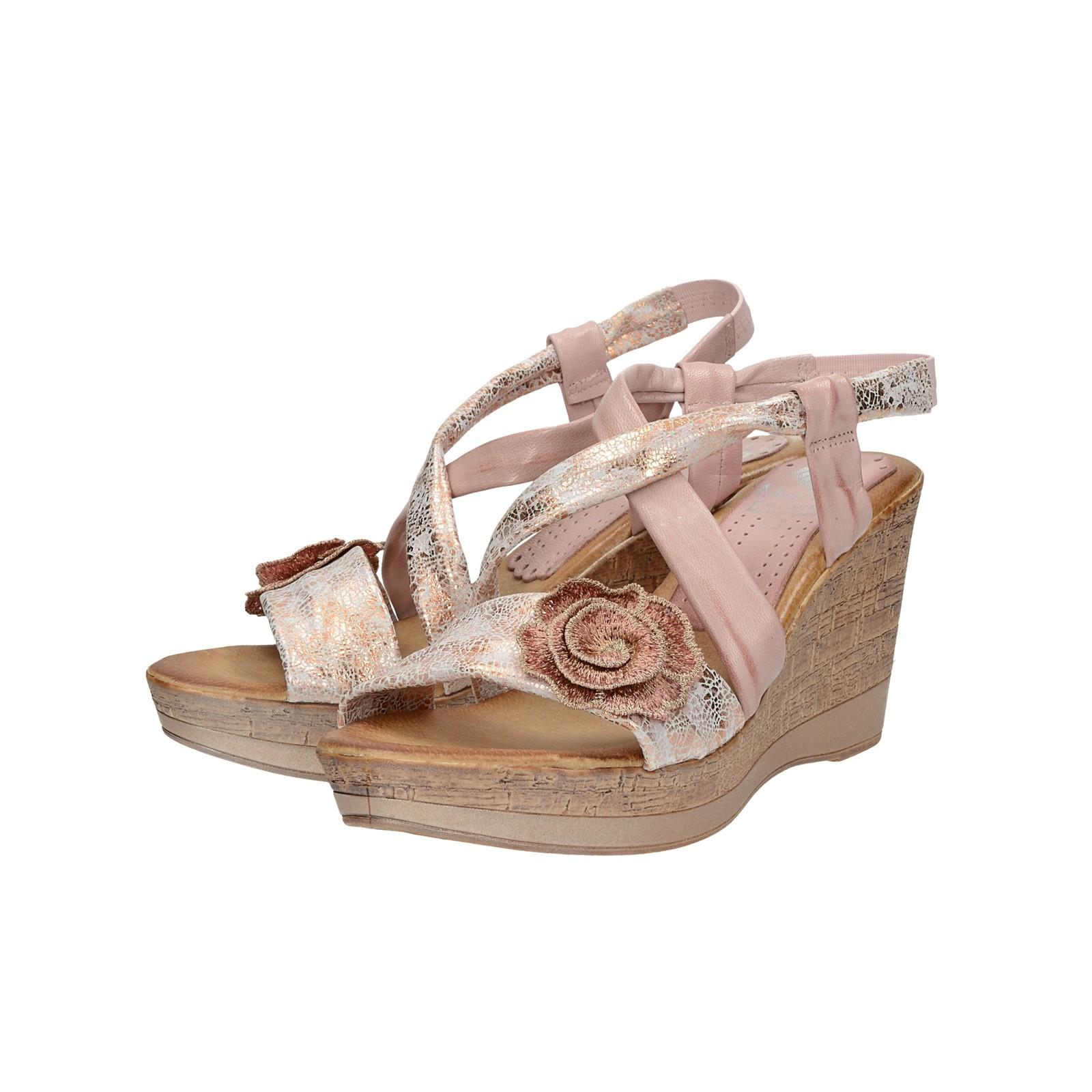18b409ad3b03 Marila dámske kožené sandále na klinovej podrážke - ružové ...