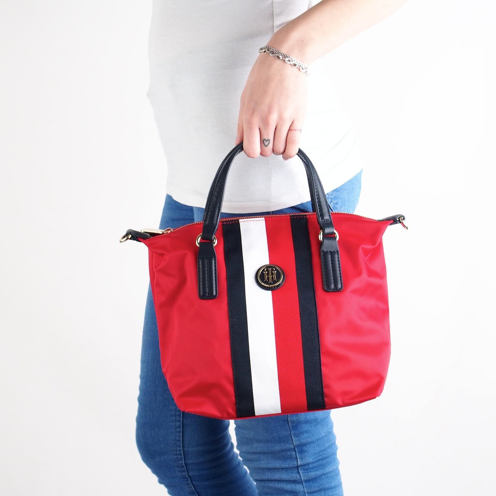 e87c0d278a Tommy Hilfiger dámska štýlová kabelka - červená ...
