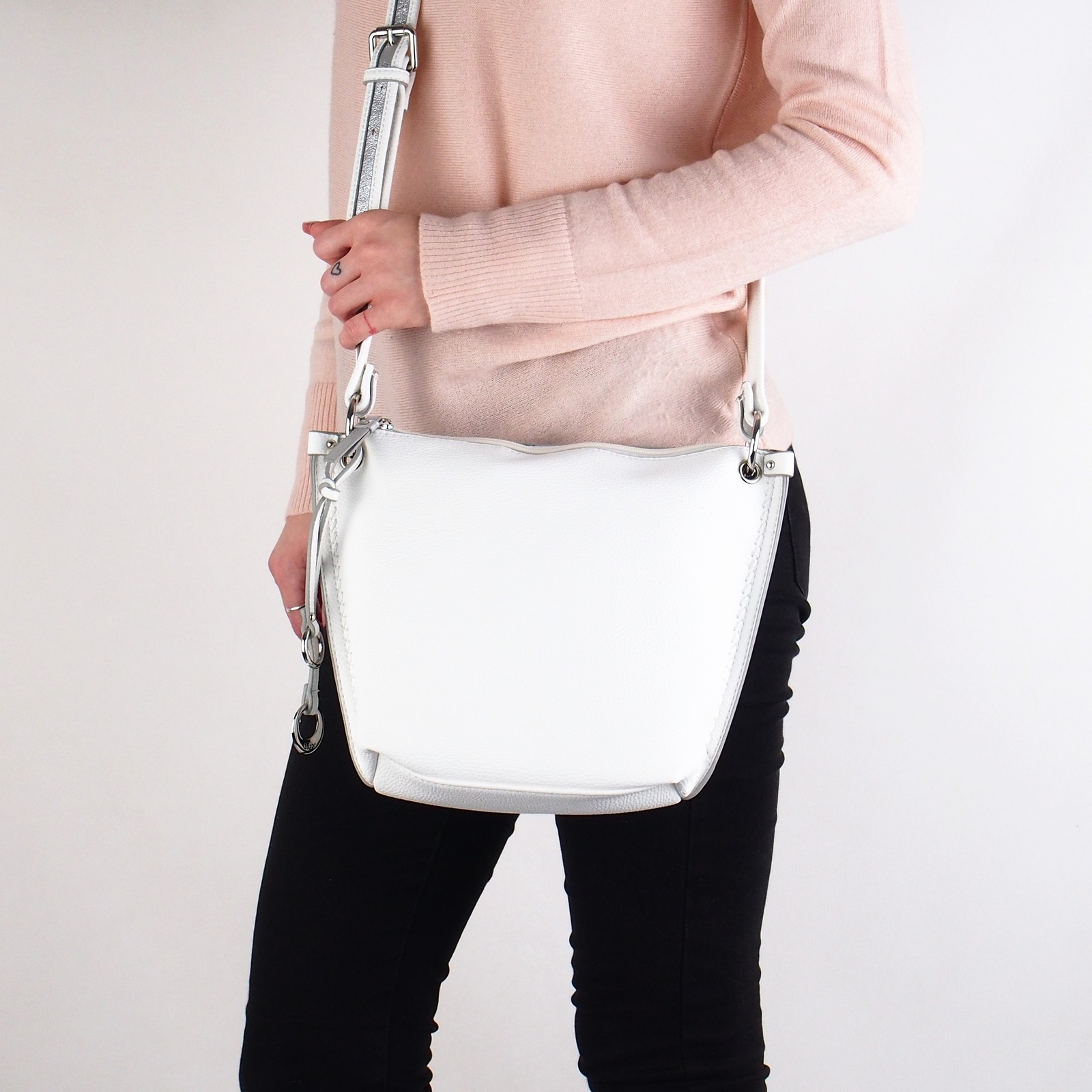 Gabor dámska praktická crossbody kabelka - biela
