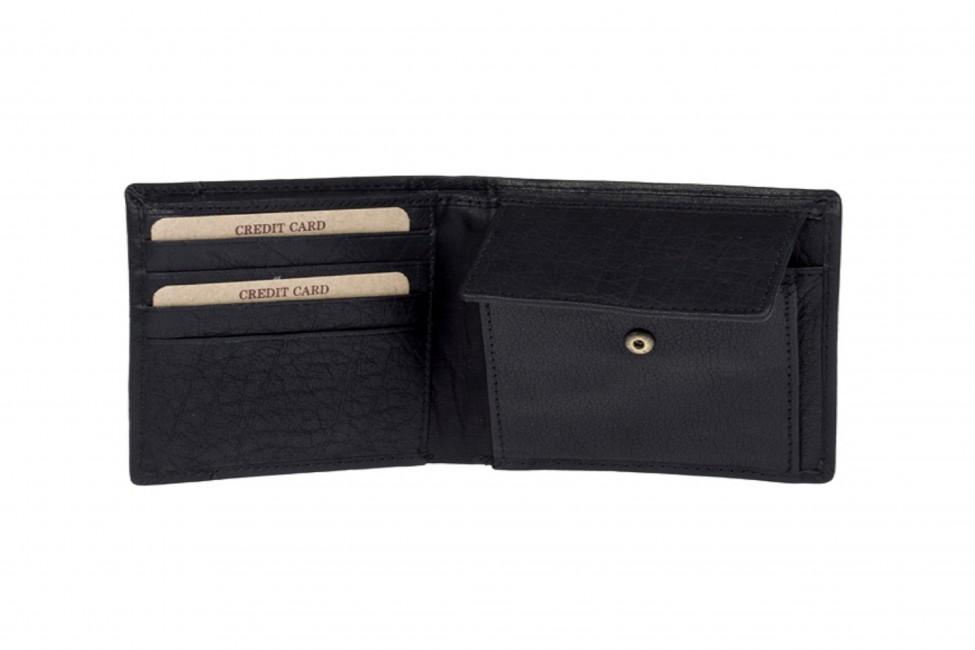 5647b5575bc3 Lagen pánska kožená peňaženka - čierna ...