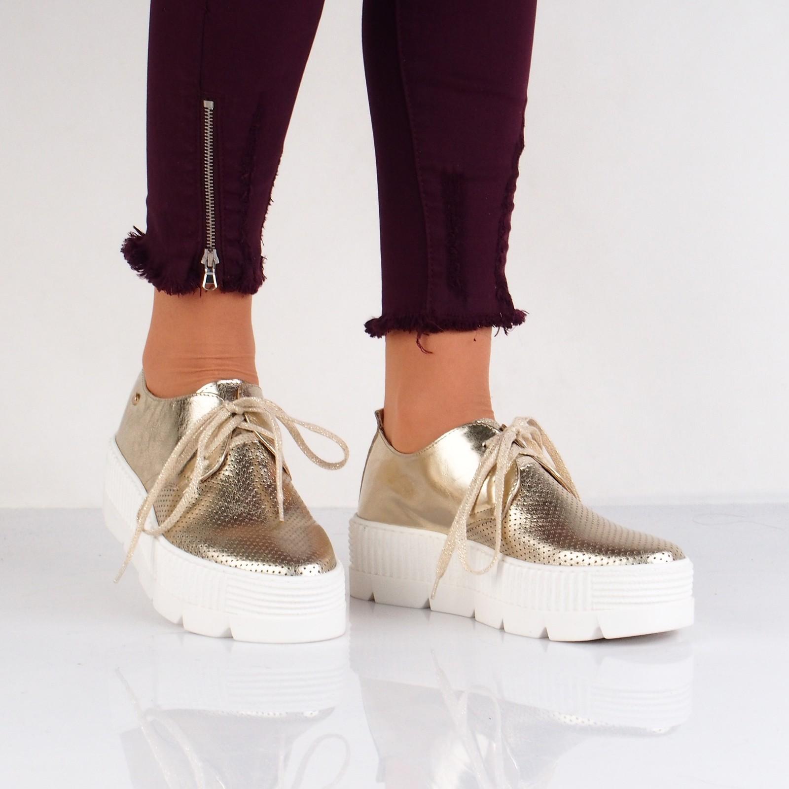 eca912757df5 Olivia shoes dámske štýlové poltopánky na platforme - zlaté ...