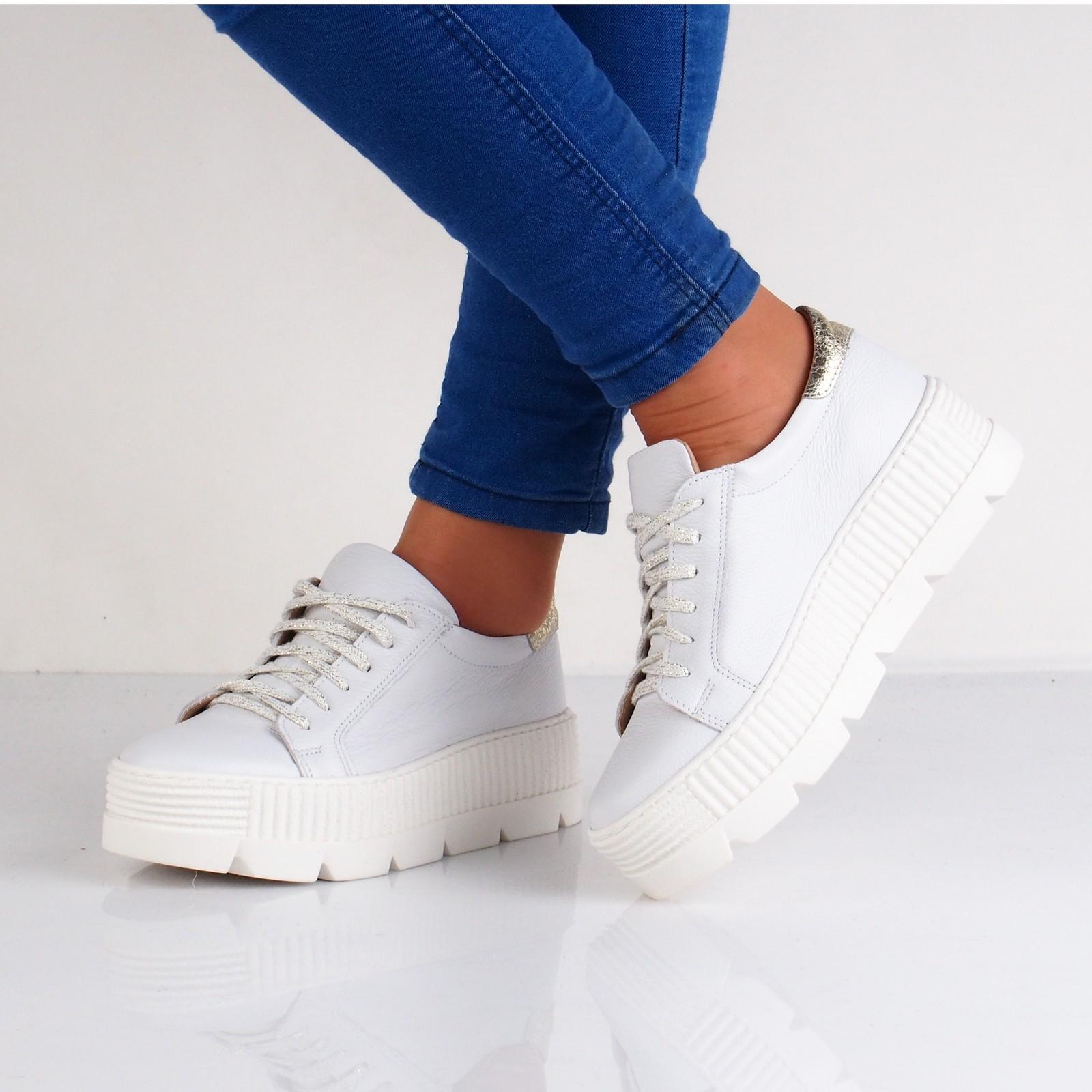 31924c0941b23 Olivia shoes dámske tenisky na platforme - biele | DTE089-WHT/GOLD ...