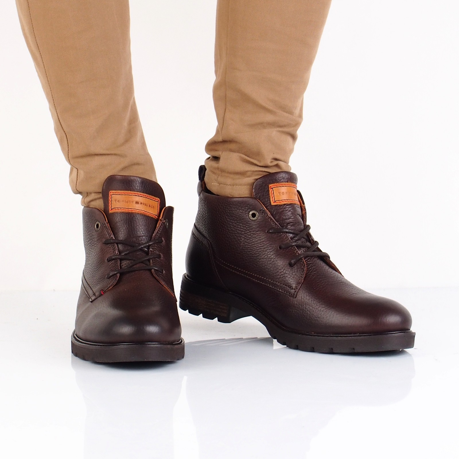 1b7d0ba6a7 Tommy Hilfiger pánska kožená členková obuv - hnedá ...