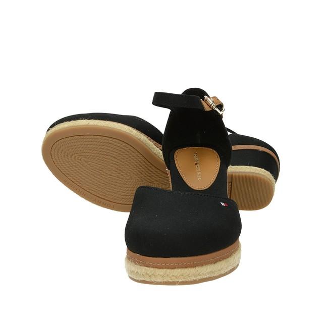 ... Tommy Hilfiger dámske štýlové sandále - čierne ... 60c0a0a9cf1