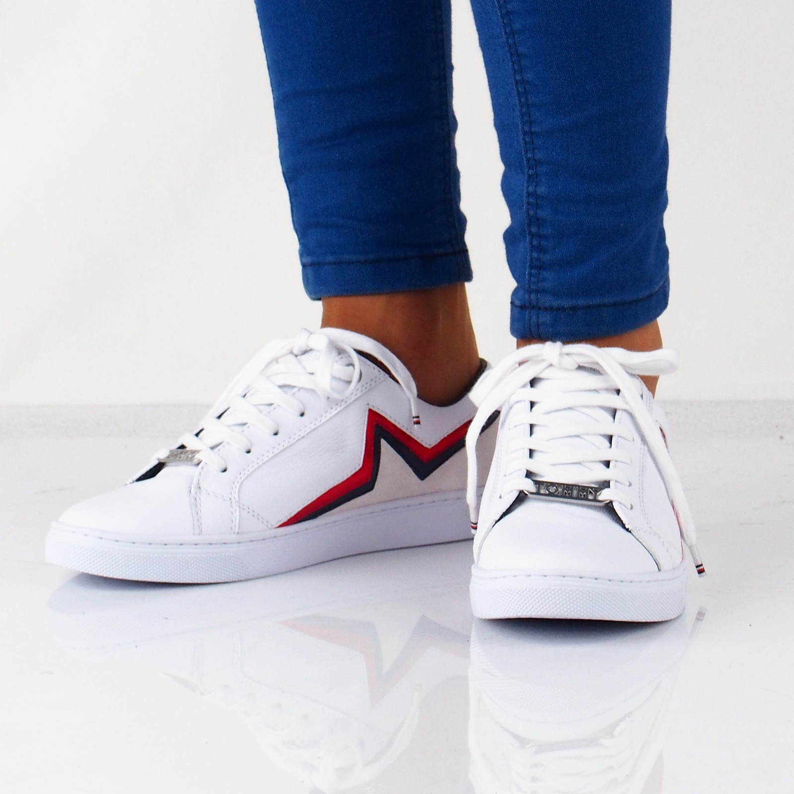 496f080883 Tommy Hilfiger dámske štýlové tenisky - biele ...