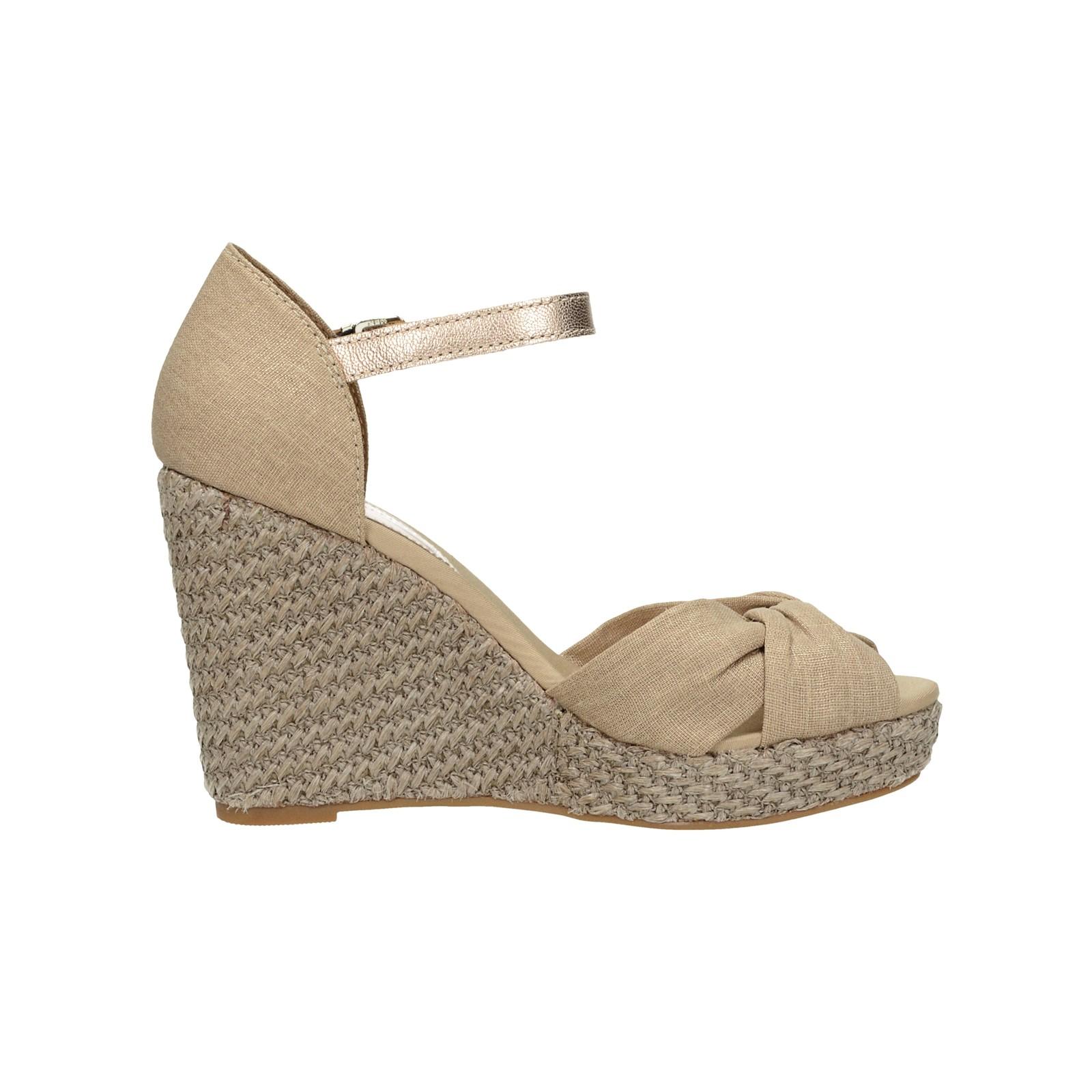 Tommy Hilfiger dámske štýlové sandále - béžové