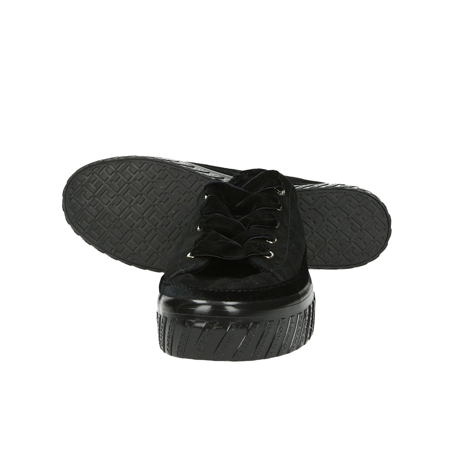 Tommy Hilfiger dámske štýlové tenisky - čierne