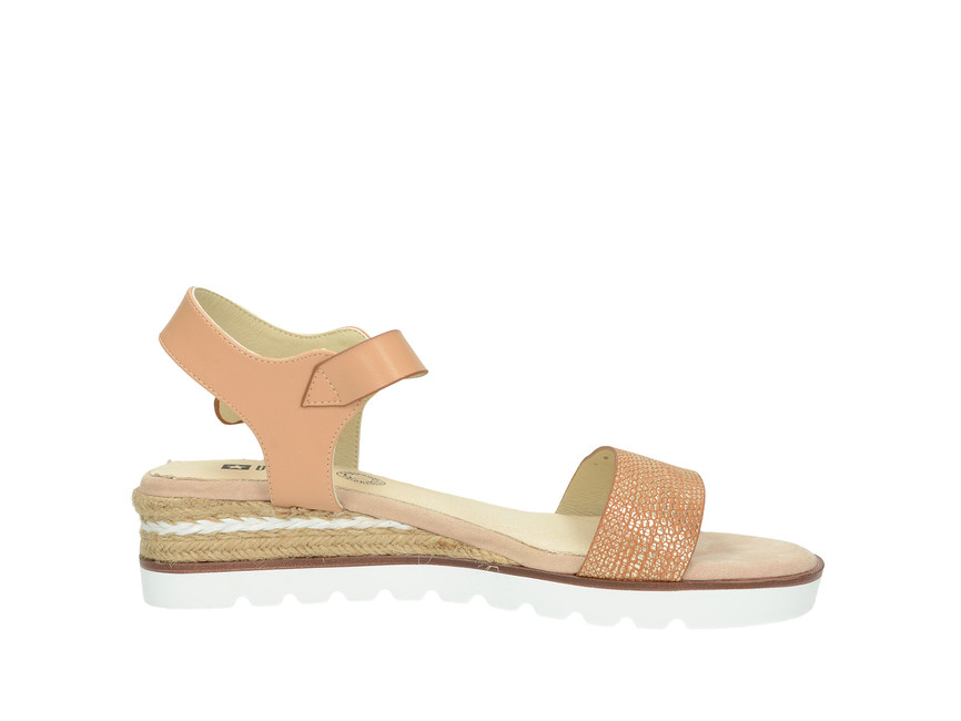 5957c3fefe6a ... Big Star dámske sandále - béžové ...