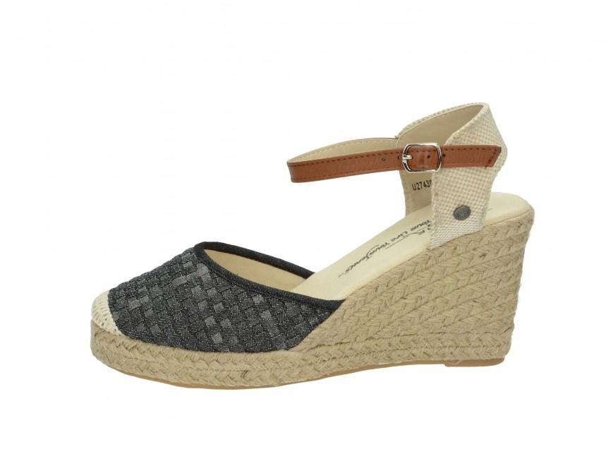 263d65f97f36 ... Big star dámske sandále na platforme - šedé ...
