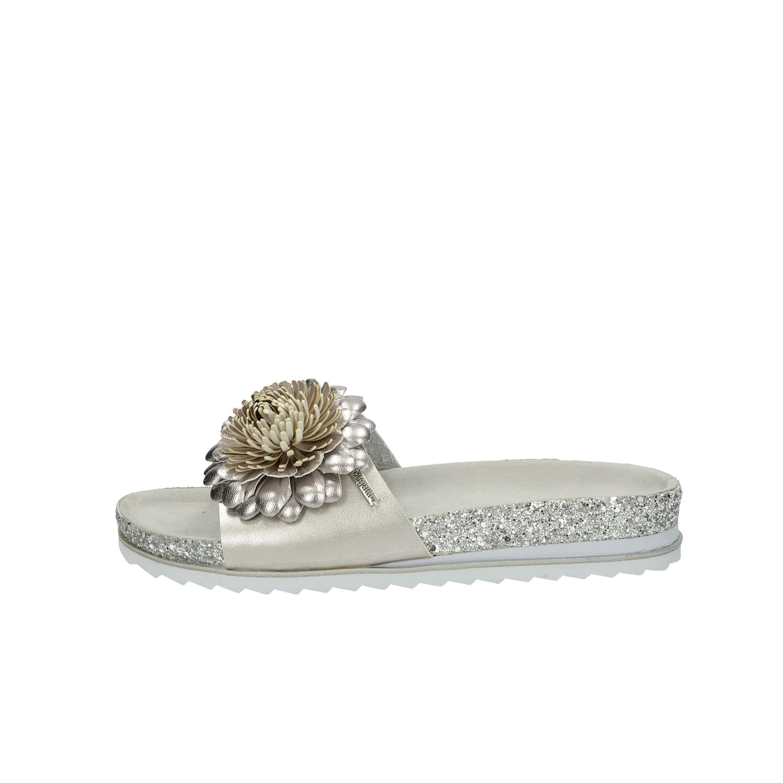 Bugatti dámske štýlové sandále s trblietkami - strieborné