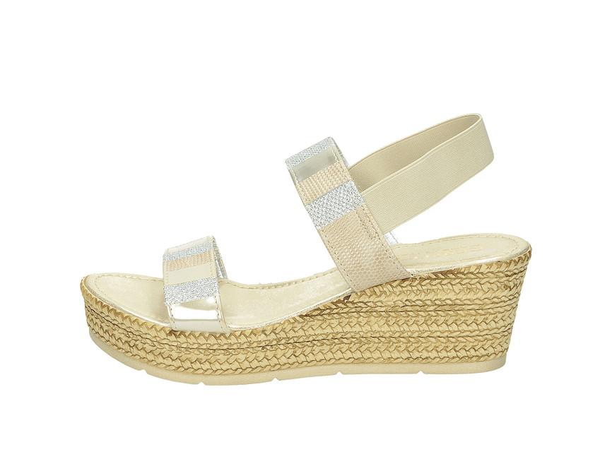 0fe1571209e0 ... Cerutti dámske sandále na klinovom podpätku - béžové ...