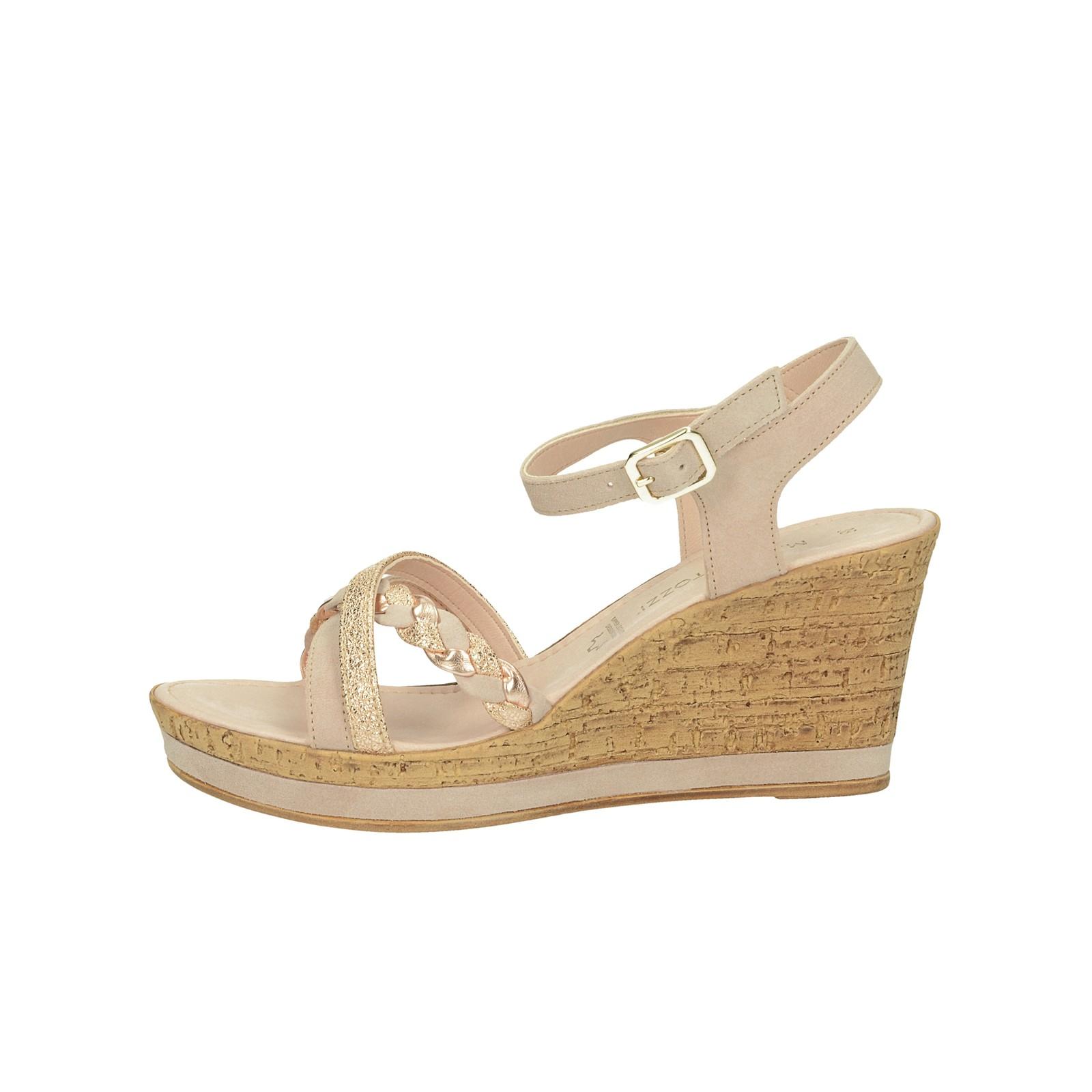 fd33bb60206bf ... Marco Tozzi dámske semišové sandále na klinovej podrážke - ružové ...