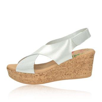 04873ecf4144 Marila dámske štýlové kožené sandále na klinovej podrážke - strieborné