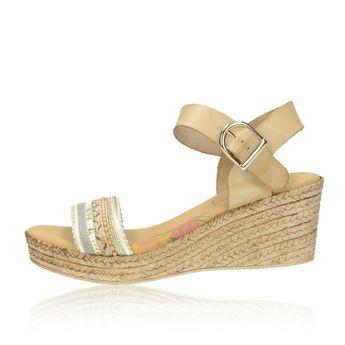 Marila dámske viacfarebné sandále s ozdobnými prvkami - béžové d912d5cdf4d