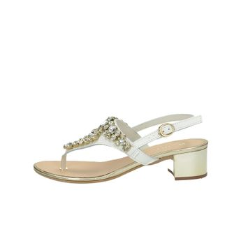 4758e6d571f6 Prati Verdi dámske elegantné sandále s ozdobnými kamienkami - biele