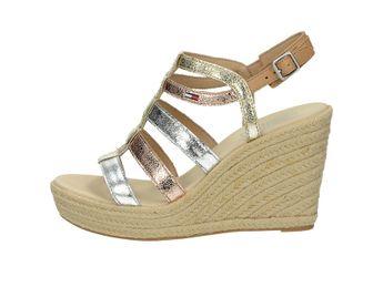 Tommy Hilfiger dámske elegantné sandále na klinovej podrážke - zlaté 80f27dee886