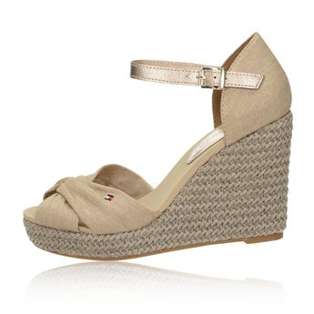 ba0909a4c8 Tommy Hilfiger dámske štýlové sandále - béžové