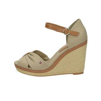 Tommy Hilfiger dámske štýlové sandále na klinovej podrážke - béžové