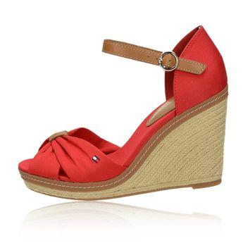 Tommy Hilfiger dámske štýlové sandále na klinovej podrážke - červené