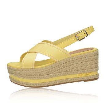 7d60185a7e Tommy Hilfiger dámske štýlové sandále na klinovej podrážke - žlté