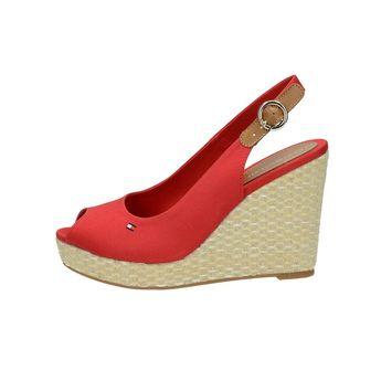 5bba3708708b Tommy Hilfiger dámske štýlové sandále s remienkom - červené